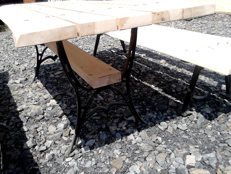 Stoliki metalowe drewno